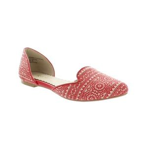 Restricted Gianni Coral Colored Flats Sz 8